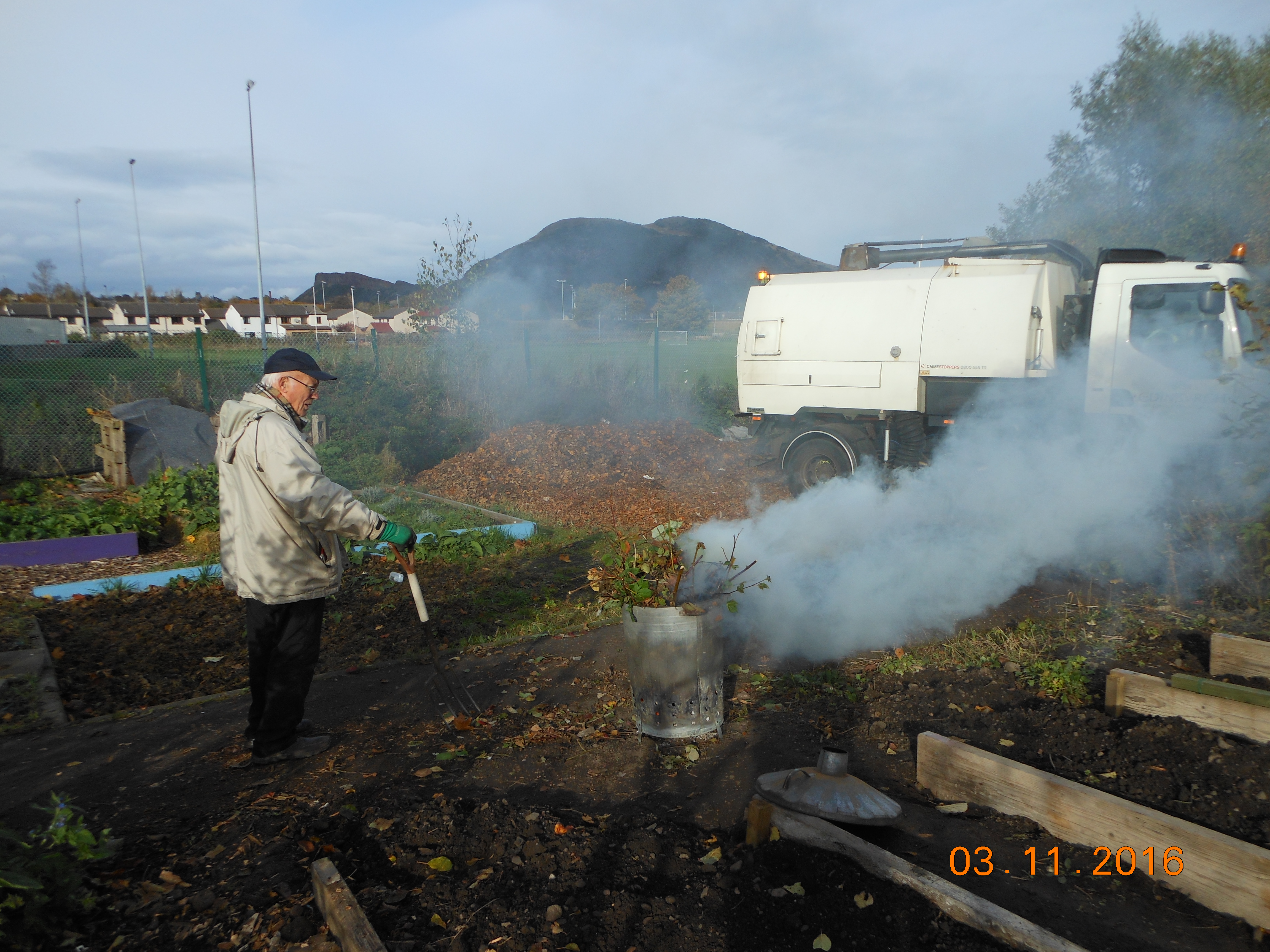 bonfire-on-allotment